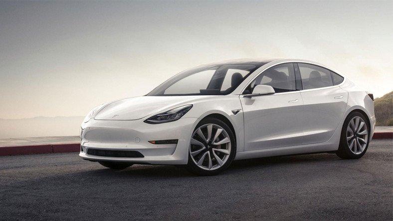 Tesla Model 3, Yılın En Güvenli Aracı Ödülünü Aldı